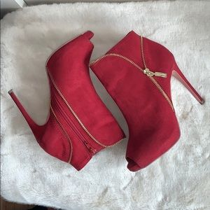 🌺 GUESS Red Vegan Suede Peep Toe Boots, GORGEOUS